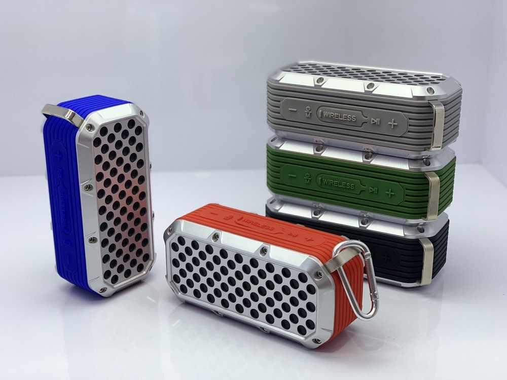 TOPROAD 防水 Bluetooth スピーカーポータブルワイヤレスステレオ列屋外 IPX5 低音スピーカーサポート FM ラジオ TF カード USB AUX