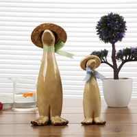 Rural porcelain kiln glaze swing frog straw hat duck set size ostentatious household wine cabinet gifts home decoration wedding
