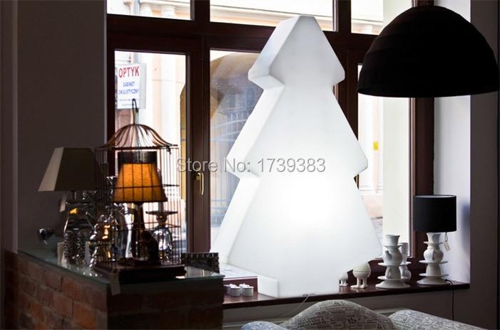 1 Stück Außen Wiederaufladbare Leuchtende Led Weihnachten Lightree Lampe Von Led Baum Licht Für Weihnachten & Ausstellung Dekoration Eine Lange Historische Stellung Haben