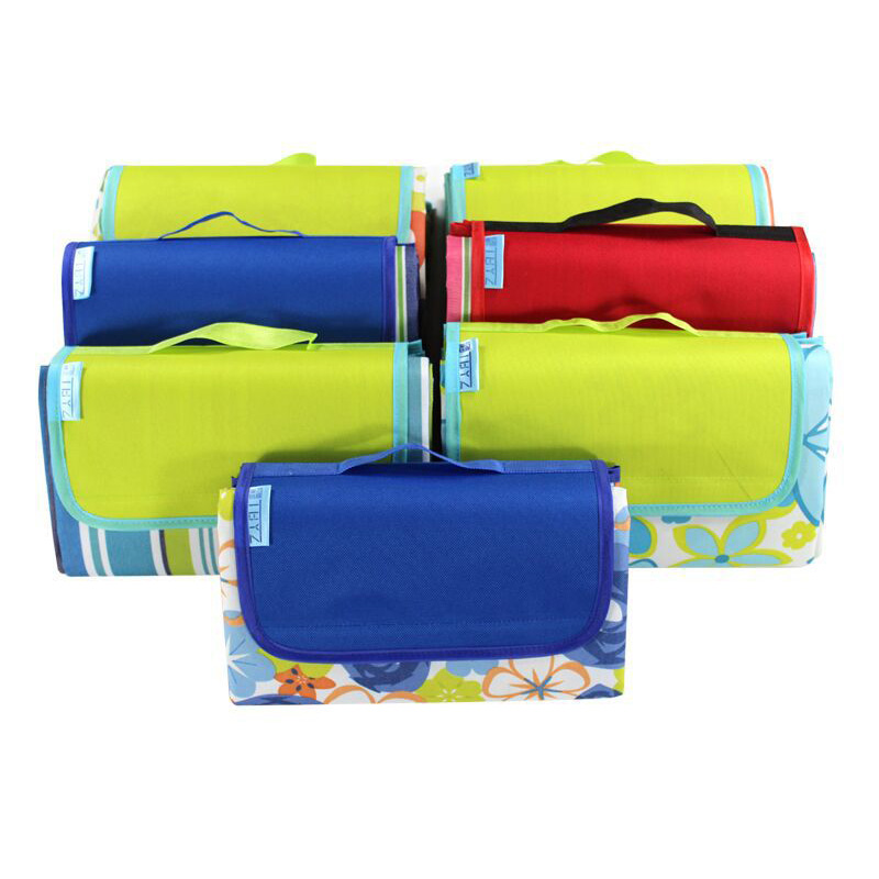 Image 5 - Waterproof Beach Blanket Outdoor Portable 600D Oxford Cloth Camping Ground Mat Mattress Outdoor Camping Picnic Mat blanket-in Camping Mat from Sports & Entertainment