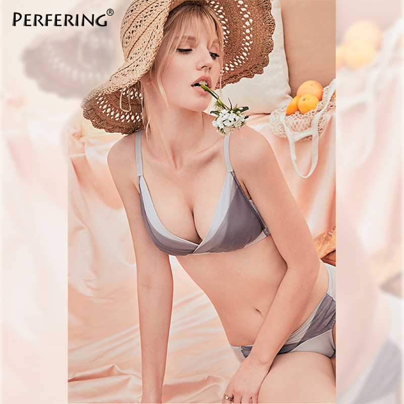 Perfering New Wire Free Push up   Bra     Set   Fashion Sexy Ladies   Bras   Panties Bralette Female Underwear French A B Cup Comfortable