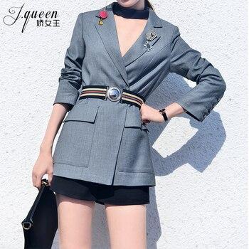 New  2019  version of fashionable temperament waist slim commuter chic short suit
