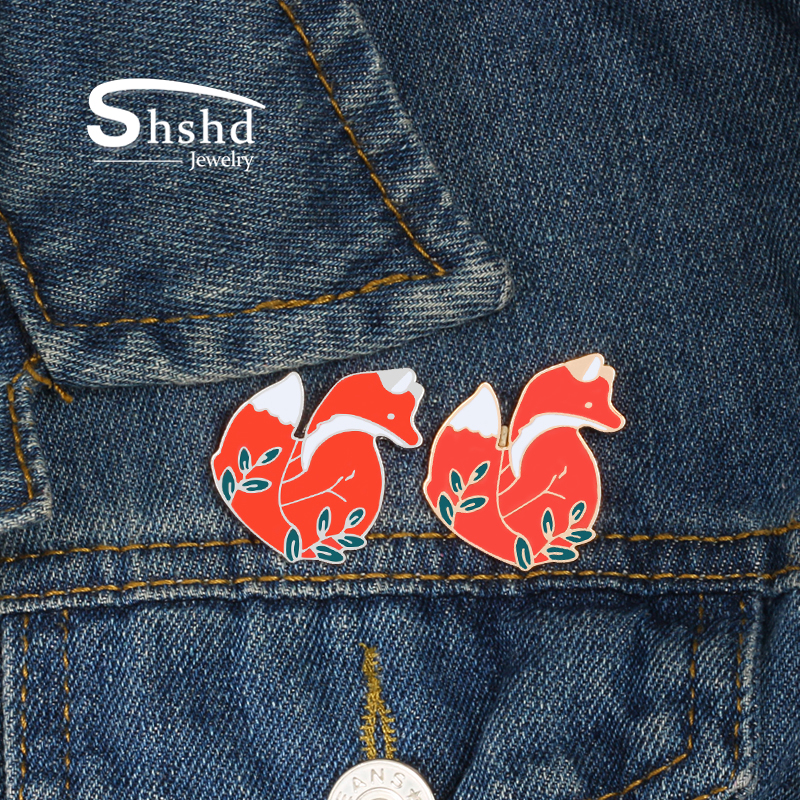 Badges 1pc Cute Cigarettes Scissors Metal Badge Brooch Button Pins Denim Jacket Pin Jewelry Decoration Badge For Clothes Lapel Pins