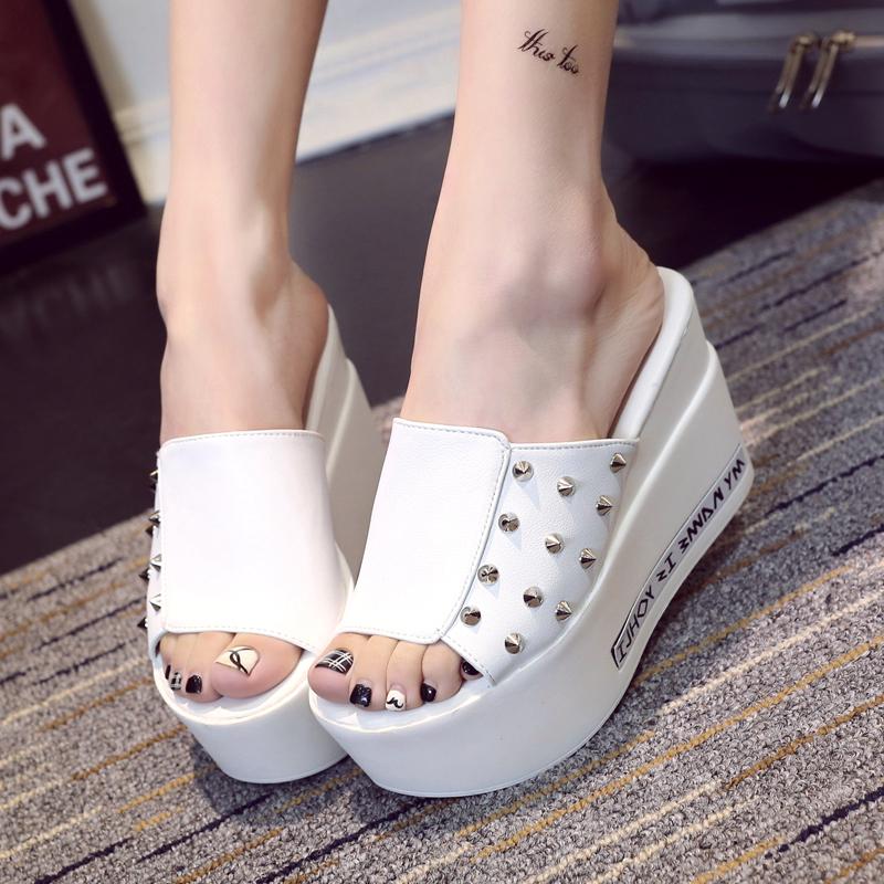 designer flip flops m826  Designer flip flops versi marque de luxe chaussures femme plate-forme d'茅t茅  pantoufles