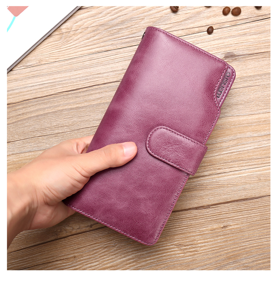 Womens Wallets and Purses (2)