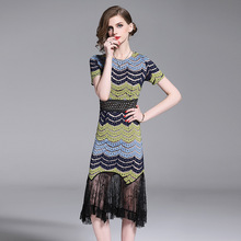 2019 novo verão rendas costura curto-de mangas compridas fishtail Vestido temperamento magro bag hip bainha vestido Listrado Vestidos de retalhos