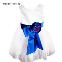 Blanca hermosa muchacha de Flor del vestido de bola 2017 con flores desmontables SASH té de longitud niña Pageant partido PROM vestidos YF7