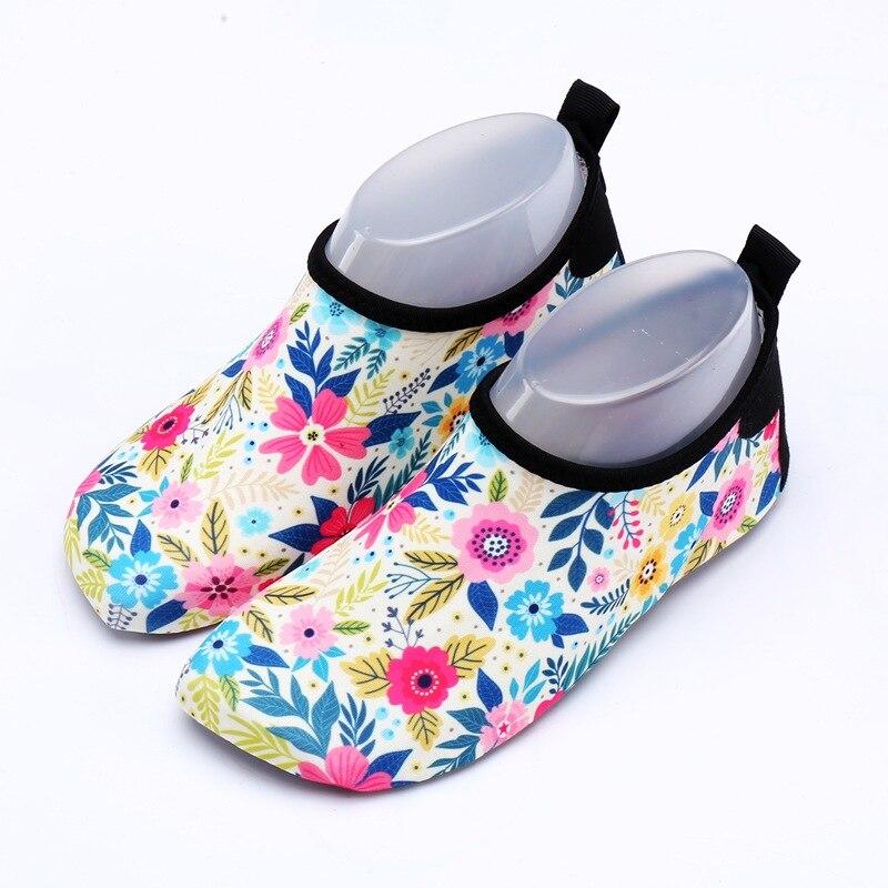 b36a3cd66 Zapatos de agua de calidad superior de TULUO para hombre, zapatos de verano  para hombre