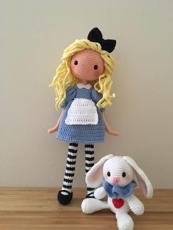 Crochet Toys  Amigurumi Rattle  Girl    Model  Number  W673