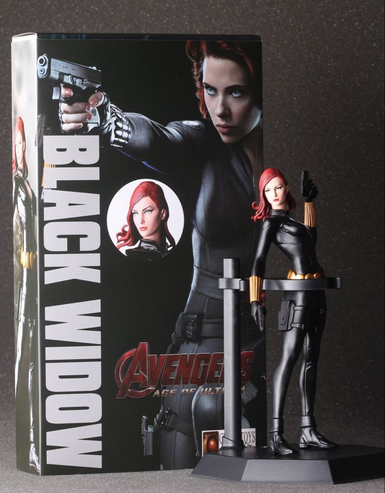 SAINTGI Marvel Avengers Assemble Black Widow Super Heroes PVC 24CM Action Figure Collection Model Toys Dolls Free Shipping new hot 15cm black widow super hero avengers movable action figure toys collection christmas gift with box