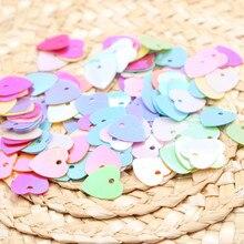 300 шт./лот 10 мм Сердце с блестками DIY ПВХ бусины свободного пространства для ткани мешок ювелирных изделий Аксессуары смешанные цвета