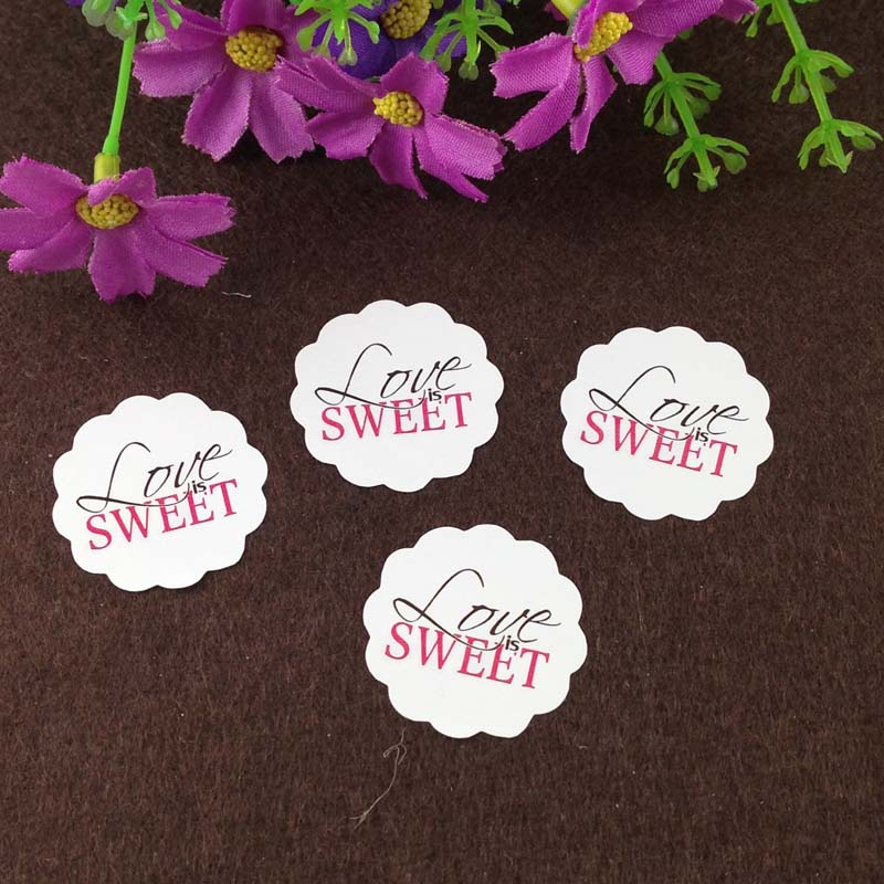"600PCS ""Love is sweet"" Stickers Diameter 3cm Sticker Labels Sealing adhesive Labels Baking labels DIY for gift/box/jewelry/cake"