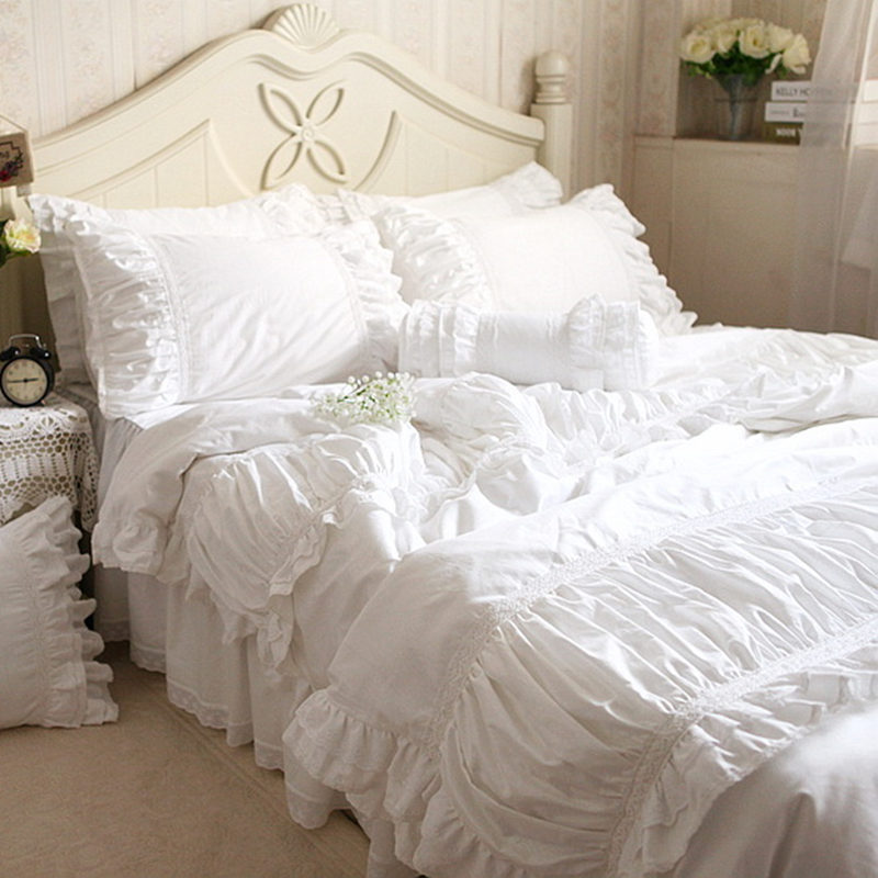 Luxury Embroidered Bedding Set Wrinkle Fold Satin Lace Bed