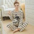 Новый Женский Леди Осень Шелк Молока Пижамы наборы Полосатые рубашки Сна Пижама Девушки досуг хлопок пижамы костюм