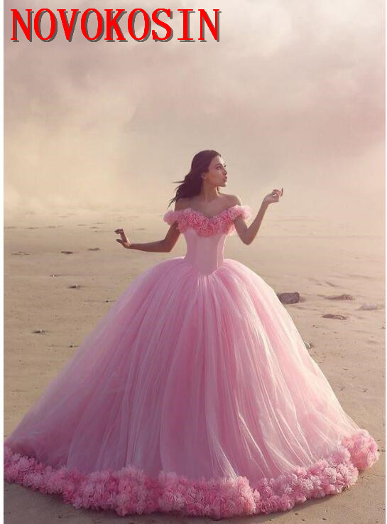 2019 Baby Pink Ball Gown Quinceanera Dresses Off the Shoulder Corset Flowers Sweet 16 Prom Dresses with Ruffles Party Dress