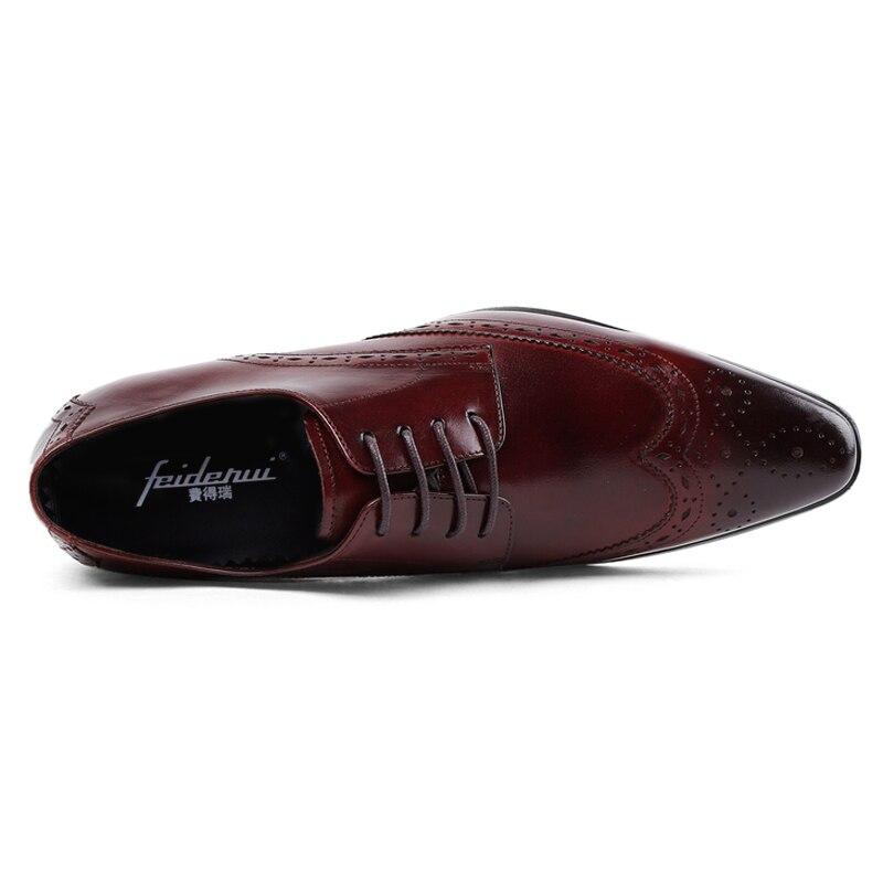 Calçados Couro Do Asas Dedo Homem Homens Vintage Vinho Britânico vermelho Novo Js37 Estilo Preto Pontas De Brogue Dos Sapatos Casamento Artesanal Partido Esculpida Pé Genuíno Nas Das qx07w
