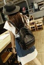Лучший кожа дорожные сумки женщины заклепки рюкзак для ноутбука черный мешок школы оптовая бесплатная доставка
