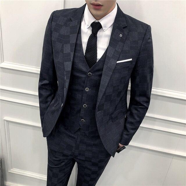 c9be89166f54 € 76.87 40% de DESCUENTO Trajes a cuadros de patrón para hombres traje de 3  piezas Homme Mariage azul 3 colores fumar Masculino Delgado traje de ...