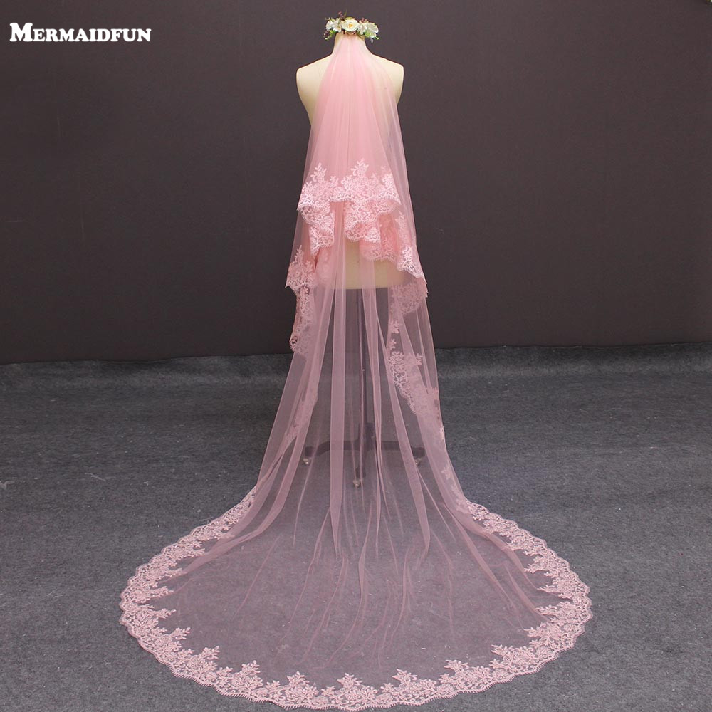 2019 New Real Photos Two Layers Lace Edge Cover Face Pink Tulle Wedding Veil with Blusher