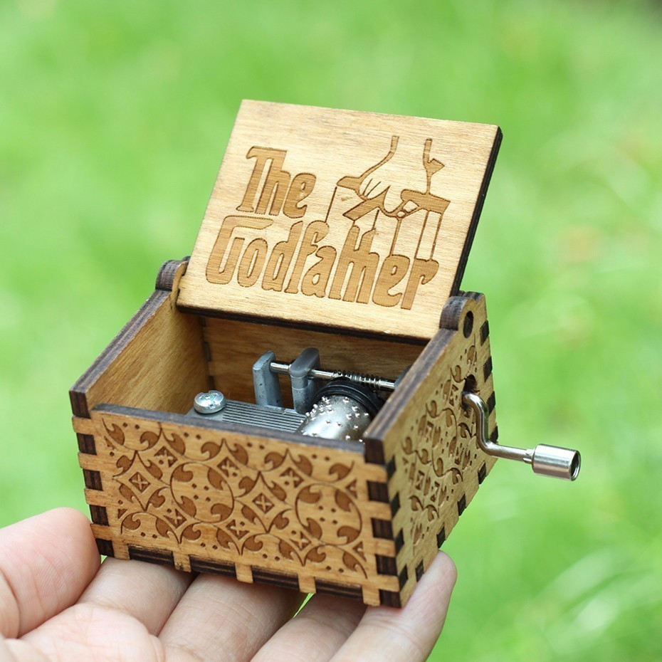 Antique Carved Music Box Game of Throne Music Box Star War Godfather Wooden Hand Crank Theme Music Caixa De Musica image