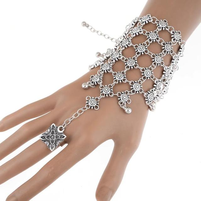 Unique Style Hand Finger Chained Bracelet
