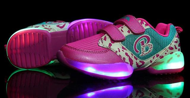2016 New Fashion high quality lighted Cool baby shoes hot sales casual girls boys shoes kids lovely cute baby sneakers