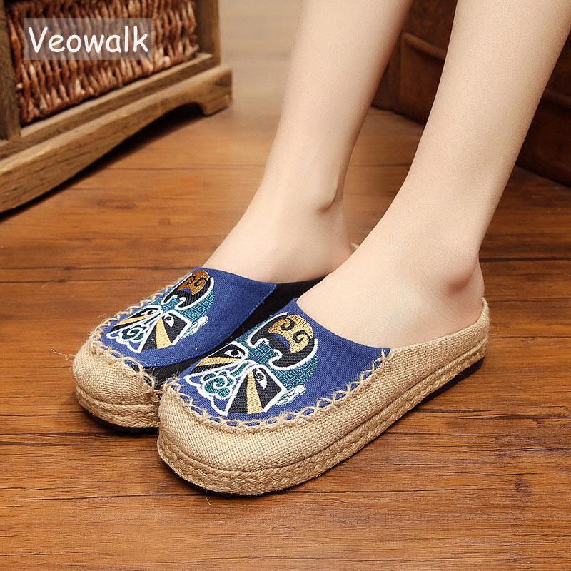 Veowalk Beijing Opera Embroidered Women Cotton Slippers Handmade Vintage Ladies Flat Slides Summer Sandal Shoes Canvas Sandials