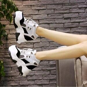 Image 5 - ¡Novedad de 2019! Zapatos de plataforma informales para Mujer, zapatos de malla con tacón de cuña transpirables, zapatillas de deporte de suela gruesa de 10CM para otoño, Deportivas para Mujer