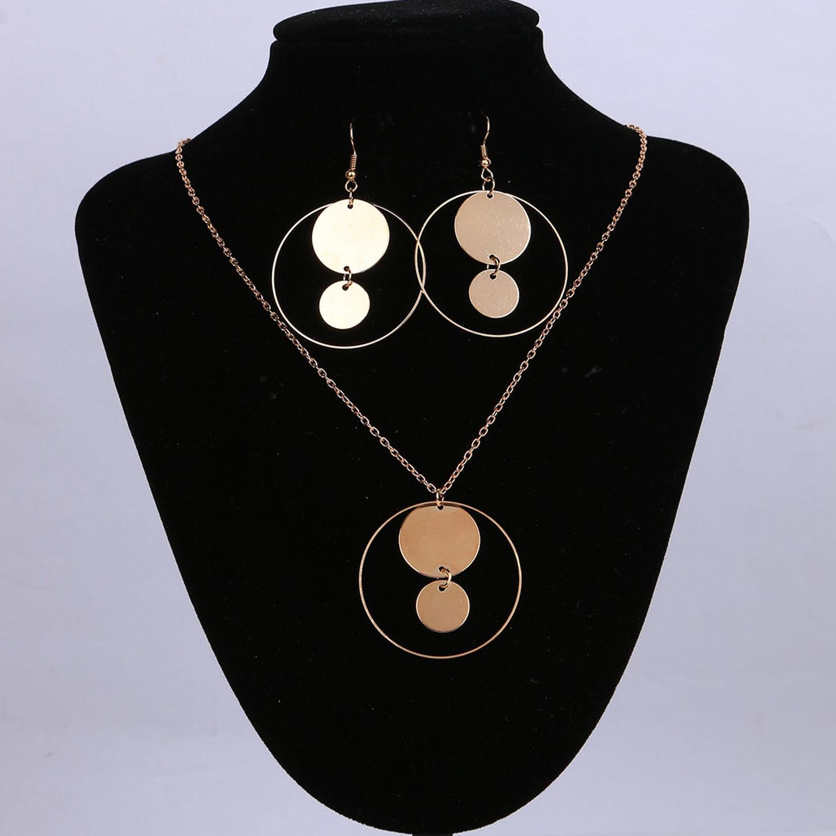 830e6323b69d ✅2017 mujeres joyería Set oro color con única forma pendiente y ...