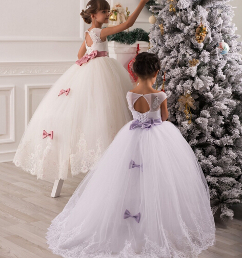 a7efb9e3716 flower girl dresses 2016 girl new fashion top quality back heart Pearl  button lace bow belt tulle tutu party wedding dress dzl-in Dresses from  Mother   Kids ...