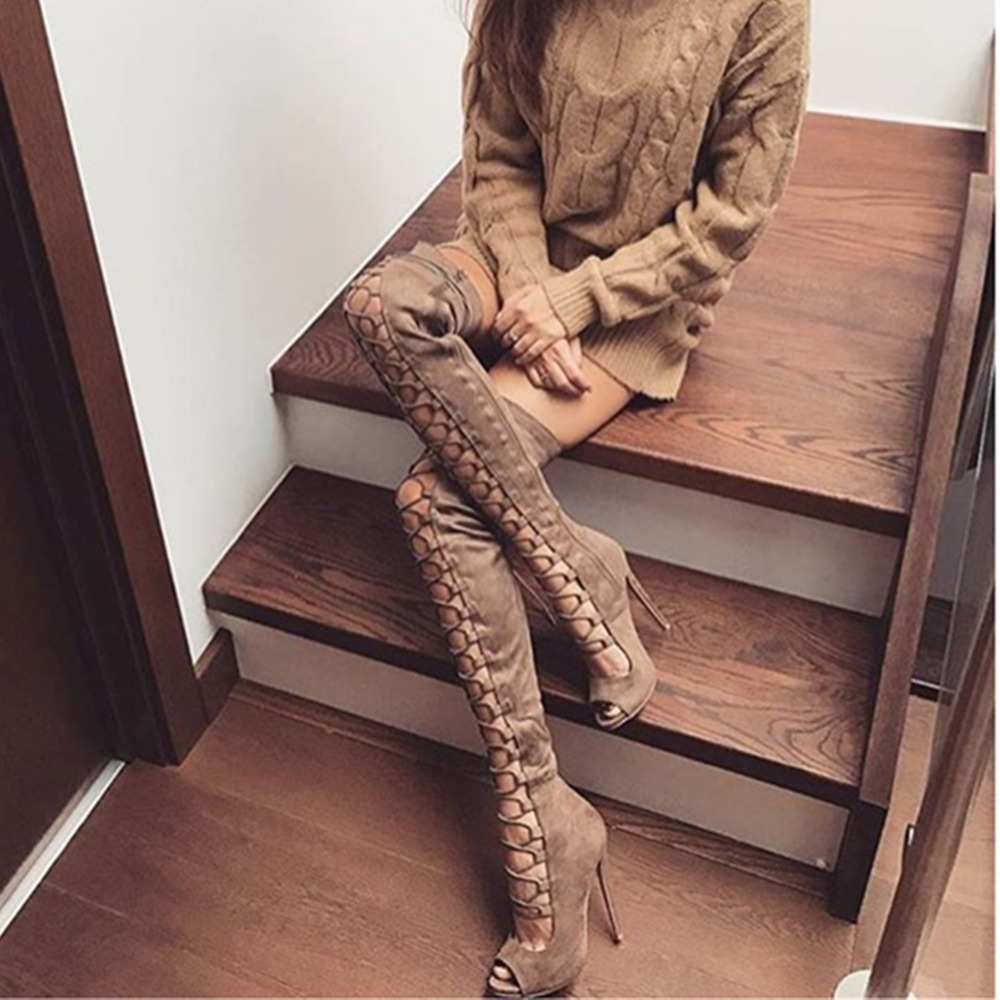woman lace-up boots_
