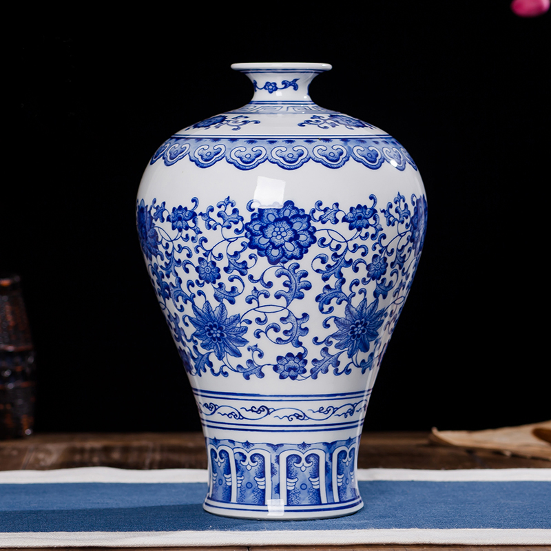 Chinese Blue And White Porcelain Antique Hand Maded Ceramic Vases