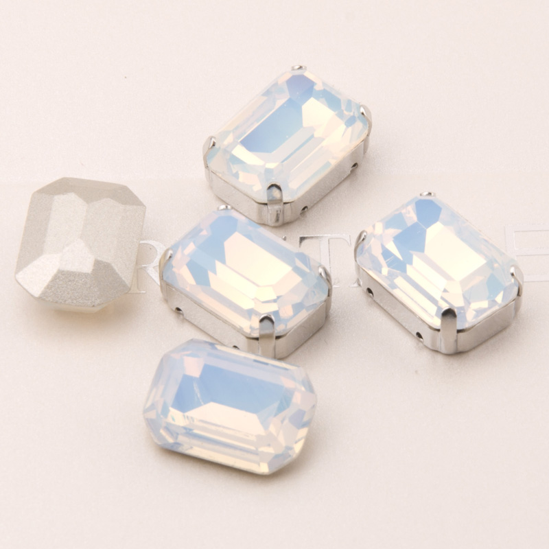 Yanruo 4610 Curved Back Octagon White Opal Glass Sewing Rhinestones