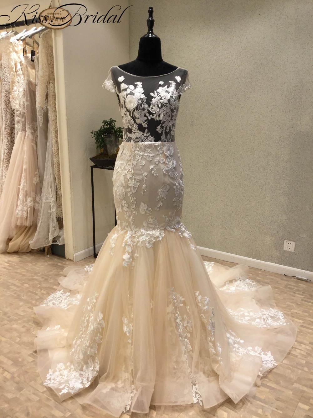 Fashioanble detachable train wedding dresses boat neck for Mermaid wedding dress with detachable train