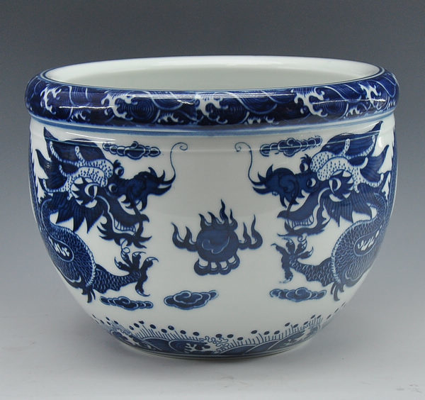Chinese Antique Reproduction Blue And White Porcelain