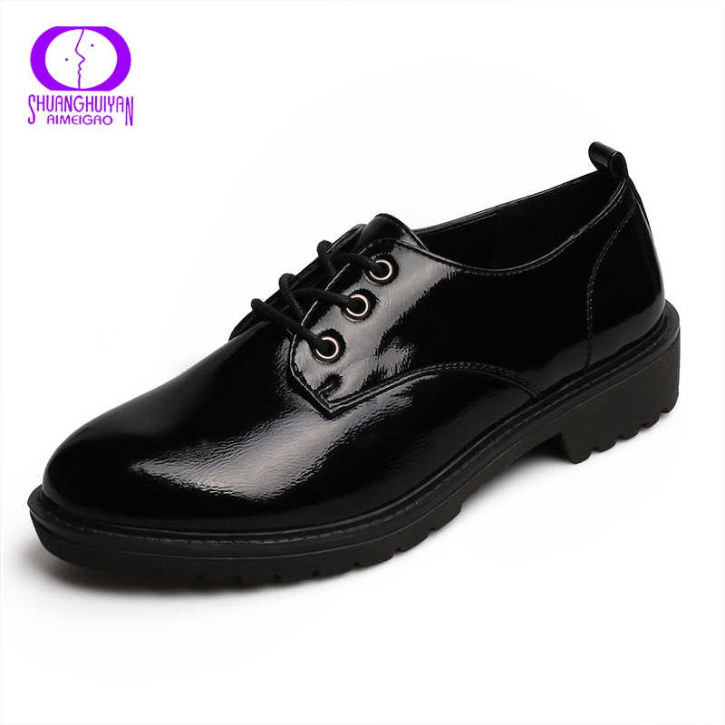 Daireler İngiliz Tarzı Oxford Ayakkabı Kadın Bahar Yumuşak Deri Oxfords Düz Topuk rahat ayakkabılar Lace Up Bayan Ayakkabı Retro Brogues