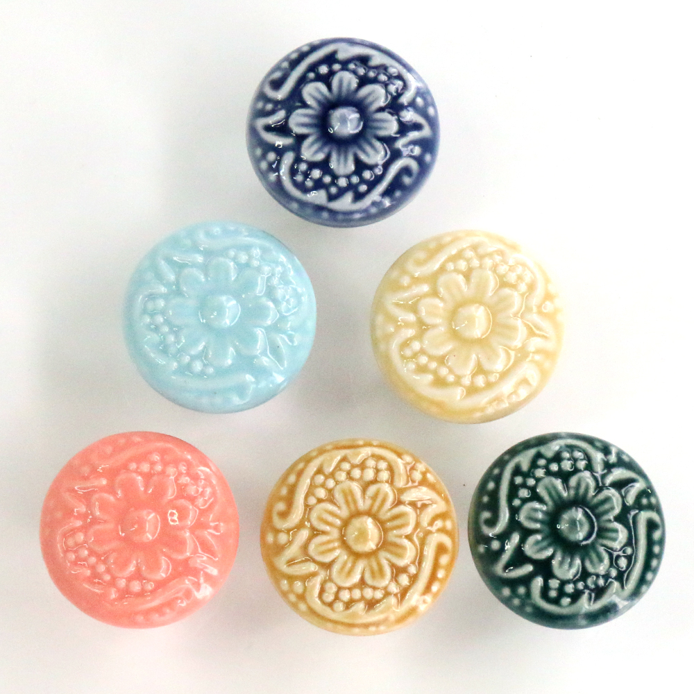 Dia 33mm Retro Vintage Round Ceramic Drawer Knob Handle Cabinet Cupboard Door Pull kid room Decor blossom Relief Handle Knobs retro vintage round ceramics drawer knob handle cabinet cupboard door pull decor l057 new hot