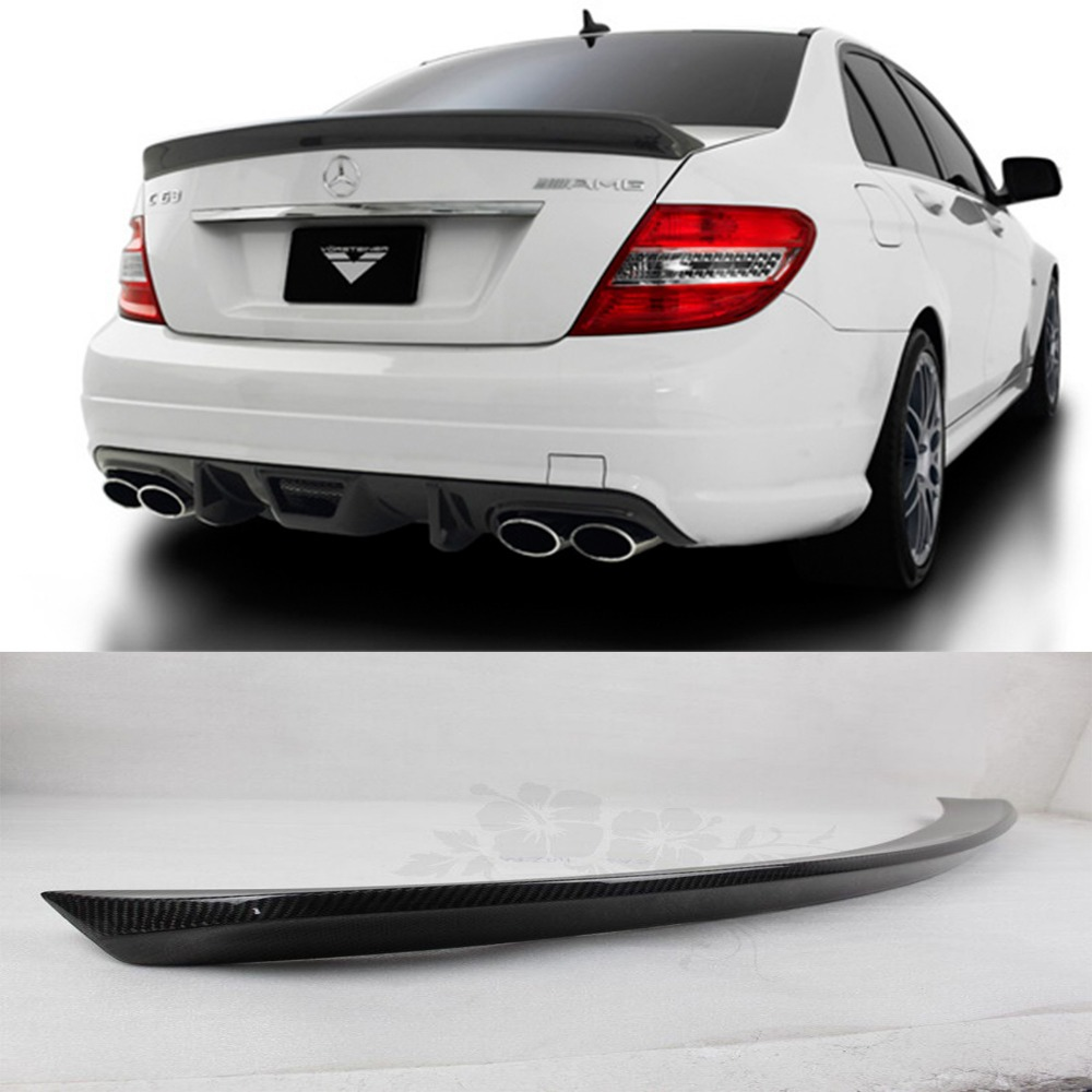W204 C63 Carbon Fiber Rear Trunk Boot Spoiler Wing Lip for Mercedes Benz W204 C63 C180 C200 C260 C300 V Style 4-Door 2007-2014 carbon fiber nism style hood lip bonnet lip attachement valance accessories parts for nissan skyline r32 gtr gts