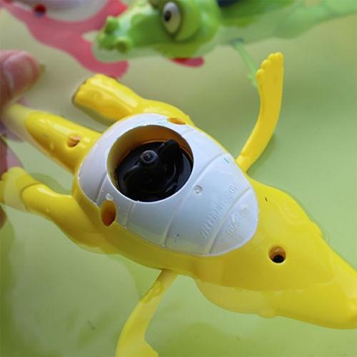 1Pc Creative Baby Kid Bath Time Wind-Up Diver Swimming Crocodile Clockwork Toy Random Color