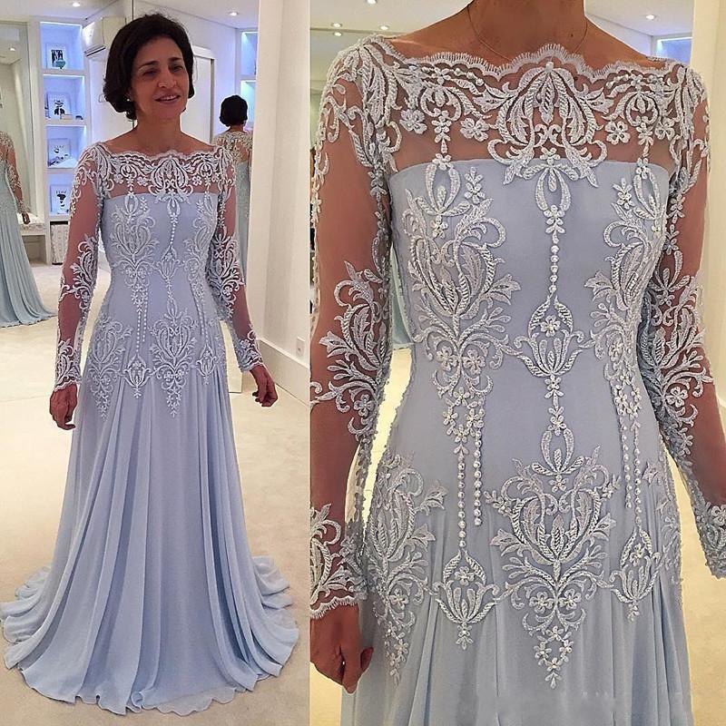 2019 Vintage Long Sleeves Mother Of Bride Groom Dresses Lace Appliques Mother Dresses Floor Length
