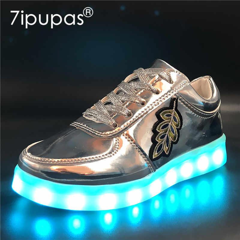 7 ipupas 30-44นุ่มแต่เพียงผู้เดียวboys & g irlsรองเท้าเรืองแสงแฟชั่นสติกเกอร์เย็บปักถักร้อยledรองเท้าชาร์จUSB 7สีเรืองรองเท้าผ้าใบ