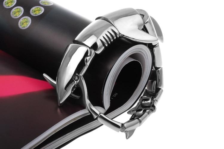 """Fin Bite"" Steel Shark Bracelet Gold / Silver 11"
