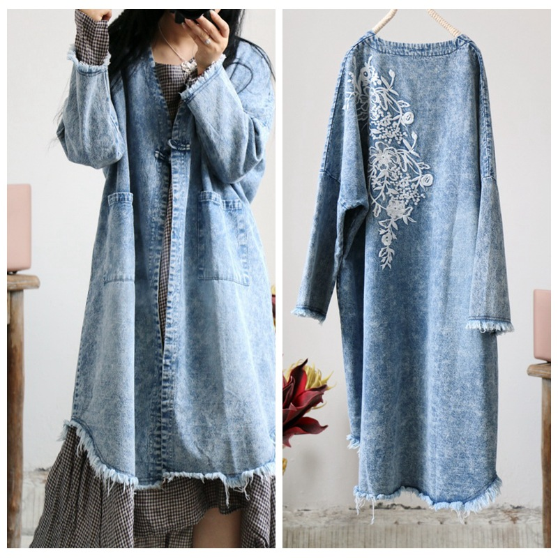 Women Loose Embroidered Loose Trench Coat Ladies Denim Outerwear Ladies Denim Overcoat Female Vintage Ripped Cuffs