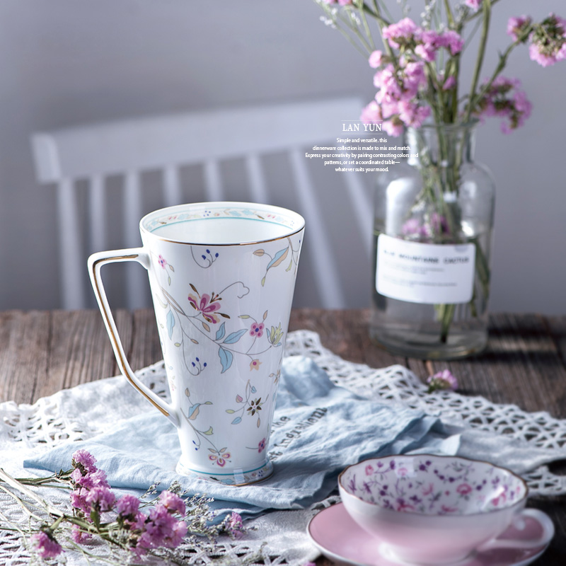 Frisch Und Süß Stil Kleinen Floral Retro Gliederung In Gold hoch Bone China Becher Schönes Geschenk Tasse Milch Tee Kaffee tasse-in Tassen aus Heim und Garten bei  Gruppe 1