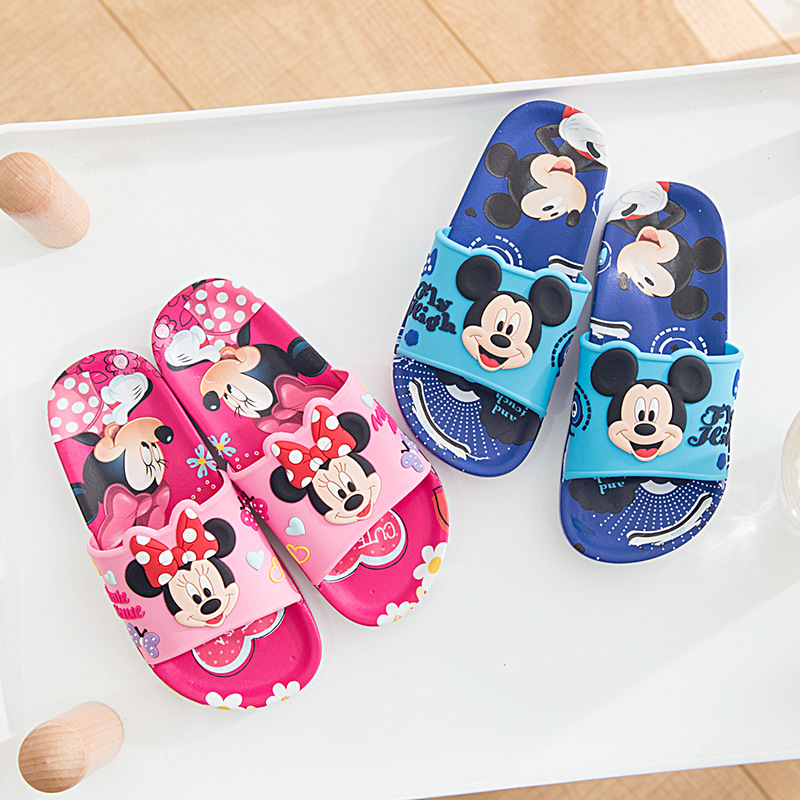 2019 Baby Slippers Summer Boy Mickey Home Non-slip Sandals Girls Minnie Cartoon Slippers Kids Bathroom Indoor Shoe Size 30-352019 Baby Slippers Summer Boy Mickey Home Non-slip Sandals Girls Minnie Cartoon Slippers Kids Bathroom Indoor Shoe Size 30-35