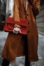 سترة واقية طويلة الأكمام للنساء من نوع مايل فوق الصدر ومعطف بني بفتحة جانبية سترة موضة خريف 2018 في ملابس نسائية