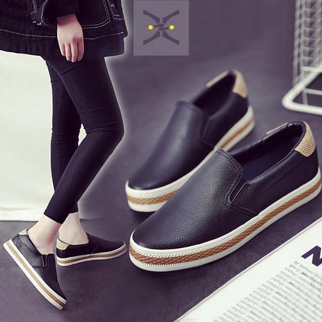 Бесплатная доставка 2017 весна новая мода женская обувь flatform бездельники PU кожа скольжения на случайных женщин мода Повседневная обувь