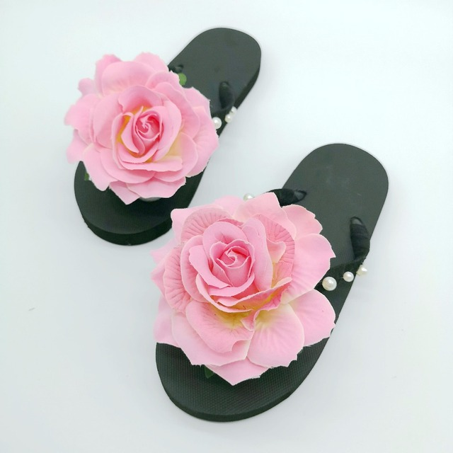 Women's Large Rose Decorated Flip Flops