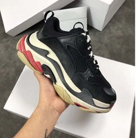 Famous brand high quality Triple S Female Casual Flats New style fashionable Lovers Casual Shoes women Retro dad chunky shoes