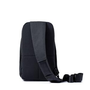 Image 2 - Original Xiaomi sac à dos sac à bandoulière loisirs poitrine Pack petite taille épaule Type unisexe sac à dos sac à bandoulière 4L Polyester